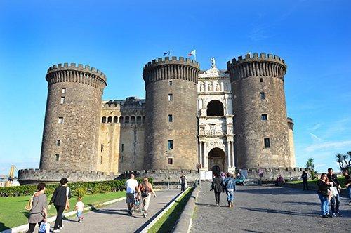 Visita Nápoles