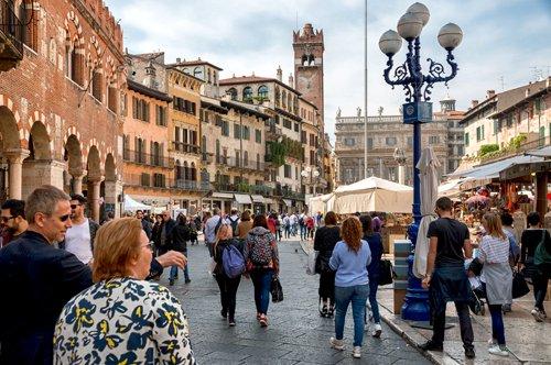 Excursão de um dia em Verona com degustação de Amarone