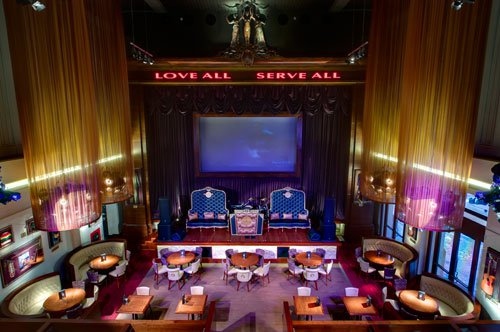 Have Lunch at the Hard Rock Cafe in Florence