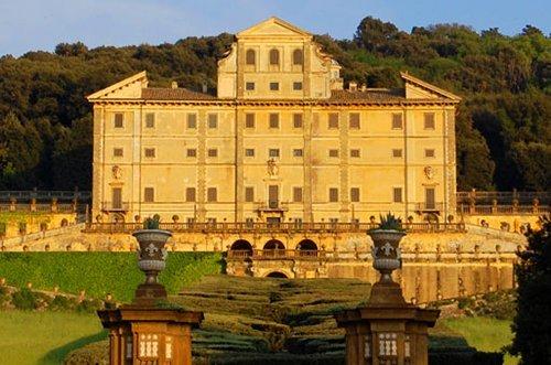 Besichtigungstour der Schlösser Roms