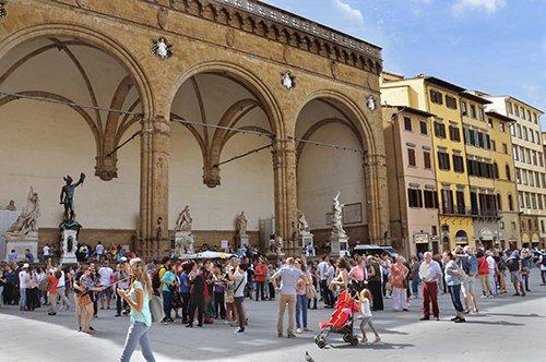 【非中文】佛罗伦萨: 城市步行观光团队行程