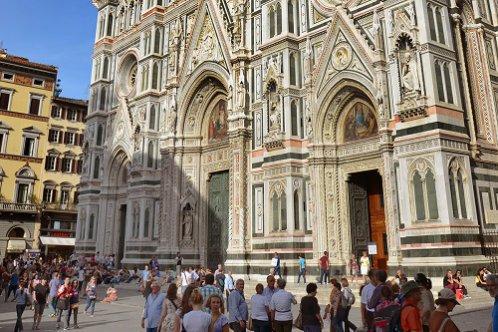 佛罗伦萨圣母百花大教堂导游讲解参观