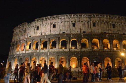 La Luna sul Colosseo - Visita Guidata
