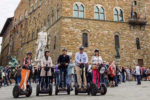 Passeio de Grupo Guiado de Segway em Florença