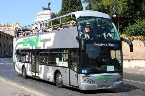 Roma – Passeio panorâmico com ônibus aberto