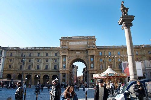 【持证中文官导】意大利佛罗伦萨学院美术馆+城市步行游览+乌菲兹美术馆一日游
