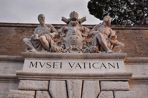 Abertura noturna do Vaticano – Tour com guia privado