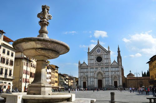 To Michelangelo's home - Private Tour