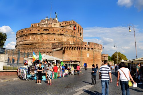 Castel Sant'Angelo and St. Peter's Square - Private Guide Tour