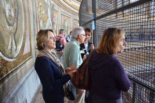 Visite de la Basilique de Saint Pierre et de la Coupole avec un guide privé