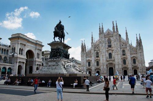 Duomo Pass com Elevador + Audioguia de Milão
