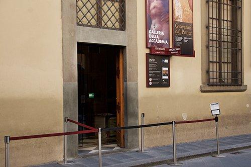 David de Miguel Ángel entrada prioritaria a la Galería de la Academia